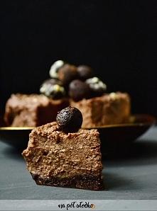 Wegański czekoladowy sernik...