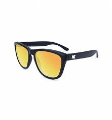 Czarne okulary z polaryzacją z żółtymi szkłami. Świetny design i najwyższa jakość szkieł. Nie ma lepszej ochrony dla Twoich oczu przed promieniami UV.  Nowa, odświeżona wersja k...