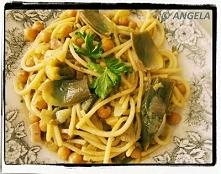 Spaghetti z ciecierzycą i karczochami (po przepis, kliknij na foto)