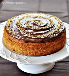 ciasto z bananami i czekolada