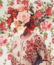 Flower head.