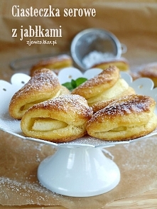 Ciasteczka serowe z jabłkiem