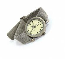 Kolorowy zegarek dla dziewczyny