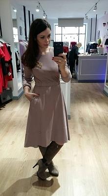 Piękna sukienka dostępna w Kobiecowo Butik