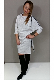 Sukienka z zamkami dostępna w Kobiecowo Butik