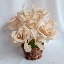 Kompozycje kwiatowe wykonan...