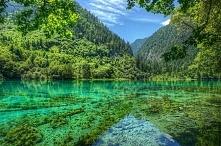 Rezerwat Jiuzhaigou, Chiny