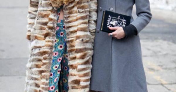 Awangarda co to jest i jak odznacza się w modzie? Otóż jest to niesamowity styl, który spotkał się z niesamowitą aprobatą. Zglądnij na mojego bloga, jest tam wszystko co powinnaś wiedzieć na temat tego stylu :)