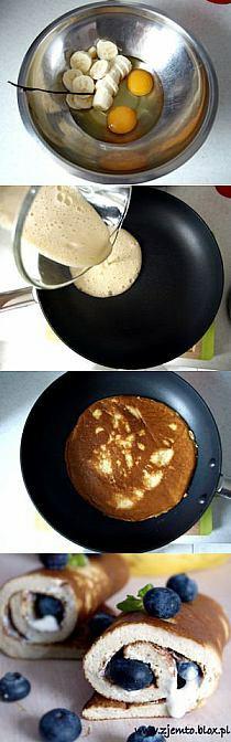 Bananowy omlet Ewy Chodakowskiej  1 banan 2 jajka odrobina ziarenek wanilii gęsty jogurt naturalny kilka borówek  Jaja i banana zblendować, potem usmażyć na lekko natłuszczonej patelni z obu stron. Podawać z jogurtem i owocami.