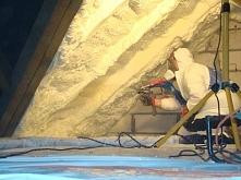 ocieplanie dachu pianką poliuretanową