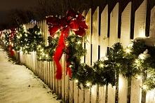 Ozdoby ogrodowe na Boże Narodzenie