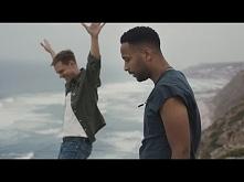 Armin van Buuren feat. Cimo Fränkel - Strong Ones