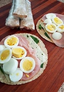 śniadaniowy wrap, przepis po kliknięciu na zdjęcie