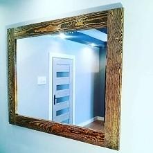 lustro natural w ramie z litego drewna sosnowego postarzanego ręcznie.