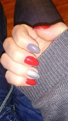 Czerwono-szare-srebrne