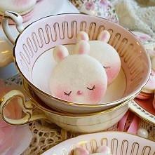 Kolejne designerskie makaroniki w kształcie króliczków! :3