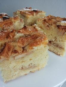 Delikatne ciasto z jabłkami na maślance  Przepis po kliknięciu w zdjęcie!y