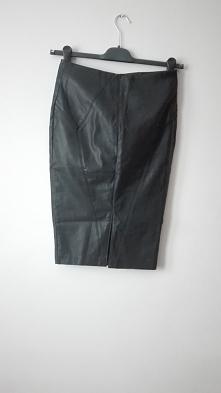 Ołówkowa skórzana  spódnica must have!