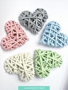 Serduszka z papierowej wikliny. Baby pink, baby blue, grey, white and white green.