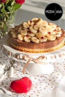 Tort czekoladowy bez wyrzutów sumienia  Przepis po kliknięciu w zdjęcie :)