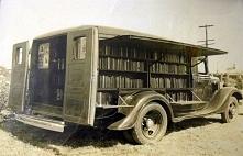 Zdjęcie, wykonane w 1925 roku, pochodzi ze zbiorów Numismatic Bibliomania Soc...