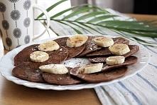 Pyszne i dietetyczne placuszki bananowo - jogurtowe w wersji czekoladowej (przepis po kliknięciu w zdjęcie )