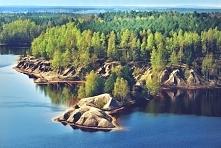 Geopark Łuk Mużakowa (woj. lubuskie)- transgraniczny geopark Polski i Niemiec, wpisany na Listę Światowego Dziedzictwa UNESCO