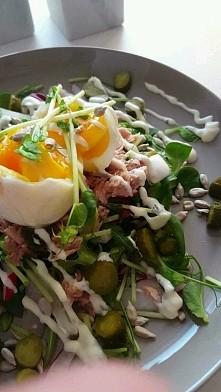 salatka z tuńczykiem