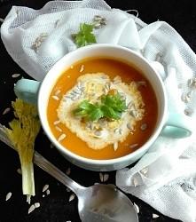 Zupa dyniowo-pomidorowa z s...