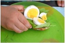 chleb z jajkiem i sałatą
