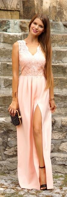 Sukienka Lidia długa jasna pastelowa morelowa sukienka dla druhny