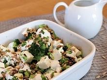 Pyszna, zdrowa i dietetyczna sałatka brokułowa. Koniecznie musicie je spróbować, ja mogłabym jeść ją codziennie