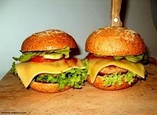 Odchudzone burgery z podaną...