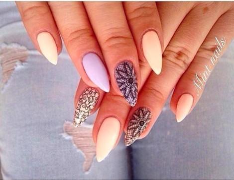 Piękny manicure:) LINK do naklejek w komentarzu :)