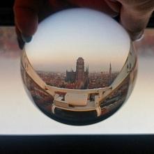 Podróże w szklanej kuli