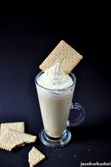 Banoffee pie milkshake - o smaku bananów i krówki! przepis po kliknięciu w zd...