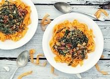 tagliatelle szpinak suszone pomidory gorgonzola, przepis po kliknięciu w zdję...