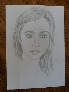 ellyzet.rysunek.kobieta.ołówek.