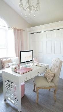 Śliczne biureczko :)