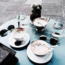 Kawa, oczywiście! Tylko bez cukru *.*