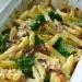 Zapiekanka makaronowa z boczkiem i brokułami