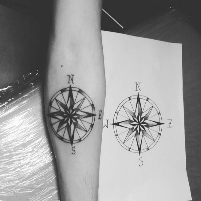 Róża Wiatrów By At Zaboortattoo Na Tatuaże Zszywkapl
