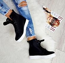 Black&white sneakersy:)