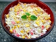 Sałatka z surimi i makaronem chińskim Składniki paluszki surimi 250 gram maka...