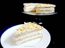 Tort bezowy ala Raffaello  Bezowy tort migdałowo- kokosowy