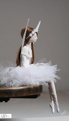 Młodziutka anielica Ida urodziła się z marzeń o wiosennym sadzie pełnym pachn...