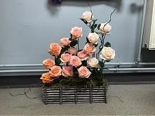 dekoracja z kwiatów