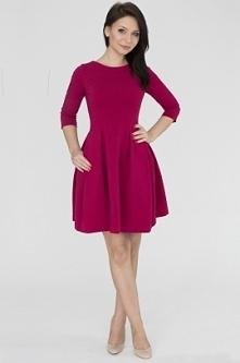 Urocza sukienka z kieszeniami w odcieniu fuksji. :)