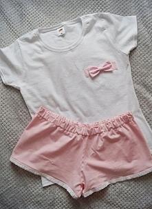 Piżamka dostępna w różnych rozmiarach :) Istnieje możliwość doszycia kokardki...