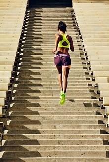 Siła autosugestii jest wielka. Powtarzam sobie, że bieganie jest ok i też dam...